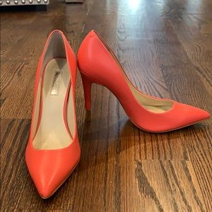 Guess Coral Pumps size 7 leather